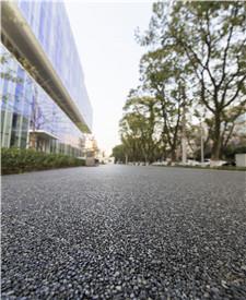上海漕河泾透水胶粘石路面项目